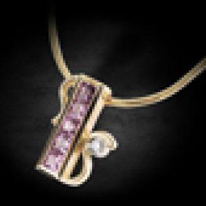 С цветными камнями и бриллиантами
